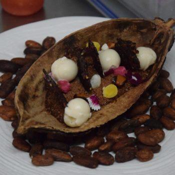 Feines Desser mit Kakao im Maido. Foto: Privat