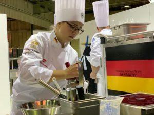 Wer gern Teil eines Teams ist, ist bei der deutschen Köche-Nationalmannschaft genau richtig. Foto: VKD/Aina Keller