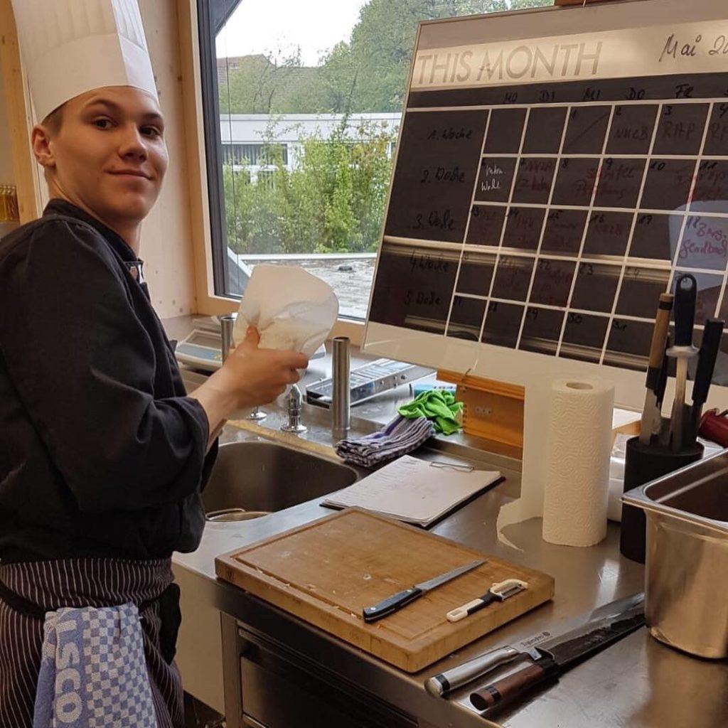 Wichtig: ein sauberer Arbeitsplatz. Foto: LV NRW