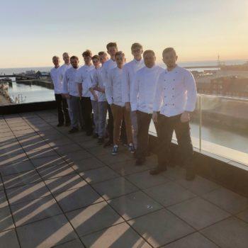 Morgen mit Aussicht: Die Teilnehmer des Jugendcamps Niedersachsen 2019. Foto: Landesverband der Köche Niedersachsens