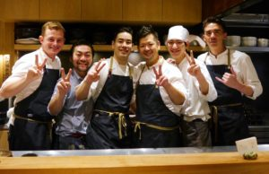 Das Team im Restaurant Shirosaka. Foto: Bruno Ebermann