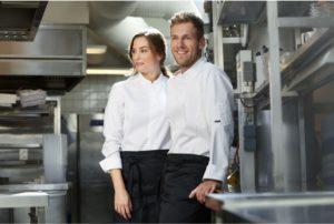 Der Front-Cooking-Bereich setzt weiterhin viel auf Weiß. Photo: Kentaur