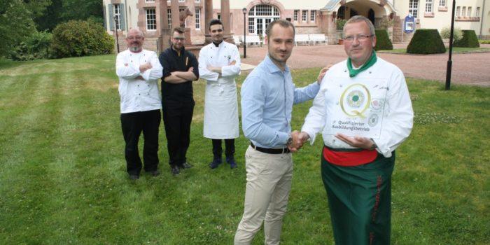 VKD zertifiziert zehn Ausbildungsbetriebe in Quartal Drei