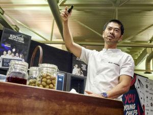 Nicholas Min Jørgensen referierte bei Young Chefs Unplugged über einen neuen Trend in der Gastro-Szene: die Fermentation. Foto: Michael Gunz