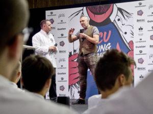 Top Shot Roland Trettel stand den Teilnehmern von Young Chefs Unplugged Rede und Antwort. Foto: Michael Gunz