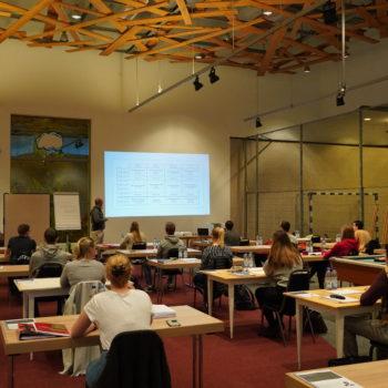 Das Traube Schooling sollte den ausgefallenen Berufsschulunterricht etwas kompensieren. Foto: Traube Tonbach