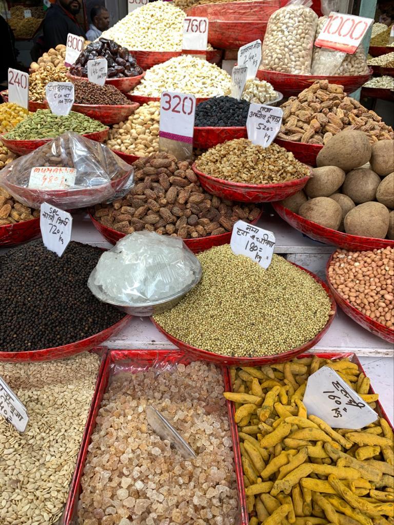Marktbesuch in Indien. Foto: Julia Komp