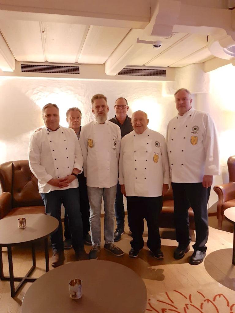 Aktueller Vorstand der Bergischen Köche, es fehlen Ulf Lucassen, Mario Romanowski, Ulrich Heldmann und Thais Krings.