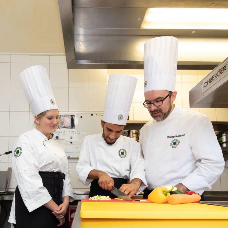 Ausbildereigungsprüfung nach AEVO – speziell für Köche