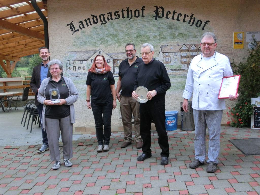 Nürnberg: Erst kochen, dann kegeln