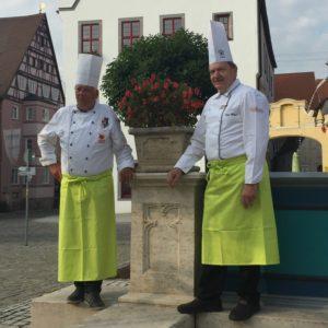 Seit 40 Jahren leiten die Küchenmeister Uli Großmann und Sepp Meyer den Club der Köche Donau Ries.