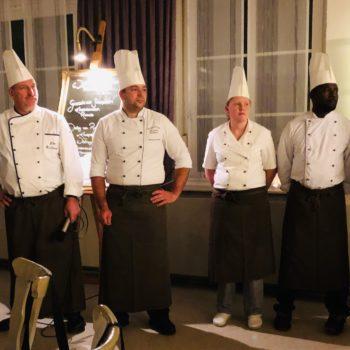 """Seit 35 Jahren kocht das Team vom Mitgliedsbetrieb """"Gasthaus zur Wallfahrt"""" in Wemding das Wildessen."""