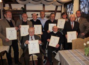 Ehrenamtler unter sich: Der Kochverein pflegt seine Traditionen. Foto: Kochverein Frankonia Würzburg e. V.